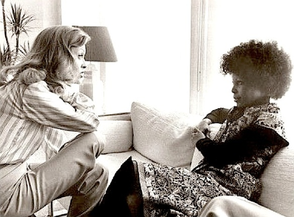 NETWORK ( Faye & Marlene )