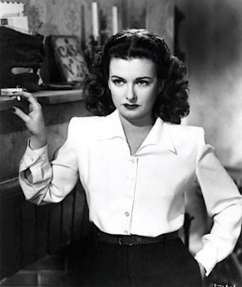 JOAN BENNETT ( WOMAN BEACH )