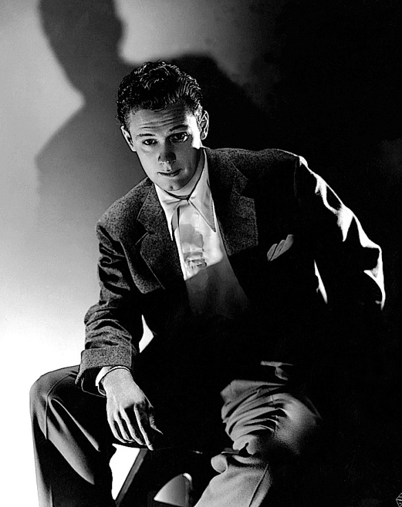 WILLIAM HOLDEN ( YOUNG )
