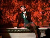 A STAR IS BORN ( JUDY GARLAND )